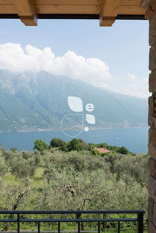modern and new apartment with stunning lake view - Tremosine - Apartemen