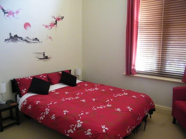 Spacious Monastery apartment - Ballarat - Appartement