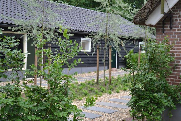 cottage on the Veluwe: Klein Essen - Kootwijkerbroek - Casa