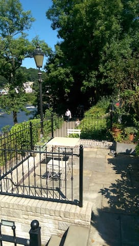 River Garden Apartment - Llangollen - Appartement