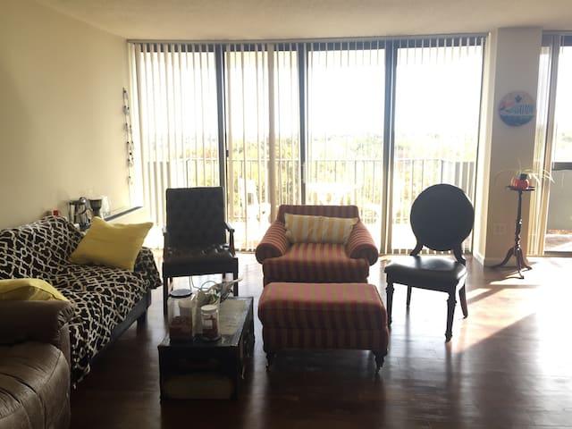 Cozy apartment room at College Park - College Park - Leilighet