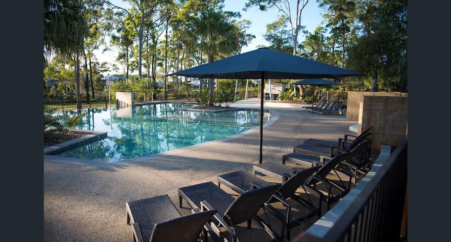 Near Theme Parks Budget&Quiet 2 Private Bedrooms - Coomera - Villa