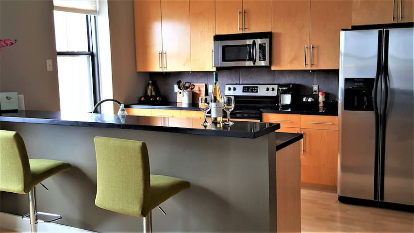 Beautiful Condo in Heart of Downtown Des Moines! - Des Moines - Lyxvåning