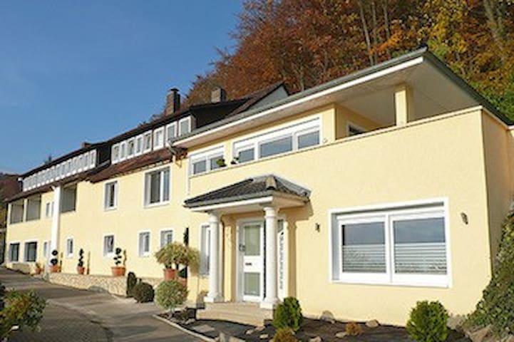Großes Apartment in der Villa Joya Schaumburg - Rinteln - Konukevi