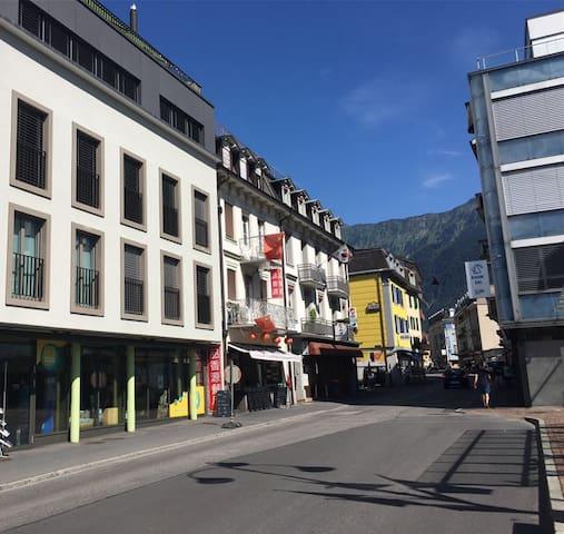 Center Z8 - Interlaken - Hus