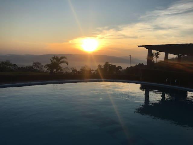 Costa Rica Mountain Lodge. Casa Gándalo. - Turrialba - Casa
