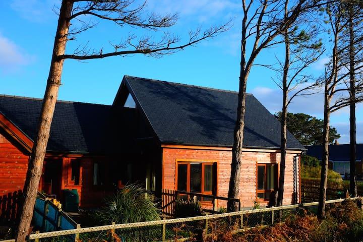 Special Wooden Beach House - Glenbeigh
