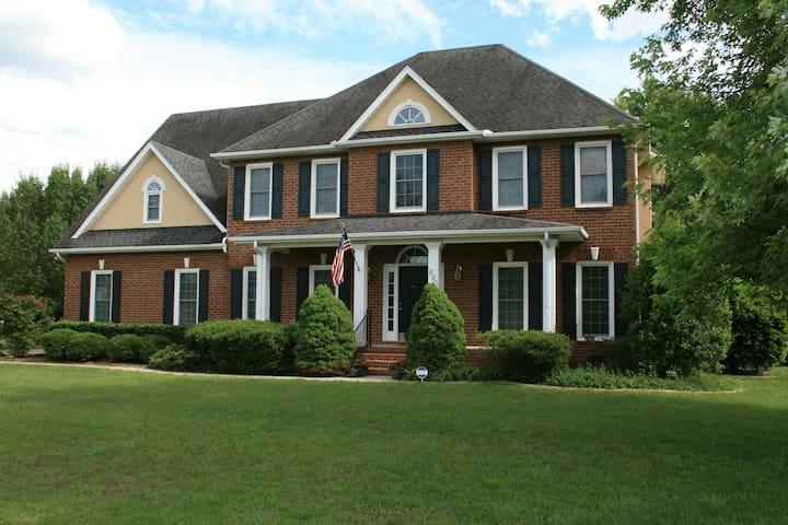 Upscale Home in Murfreesboro - Murfreesboro - Talo