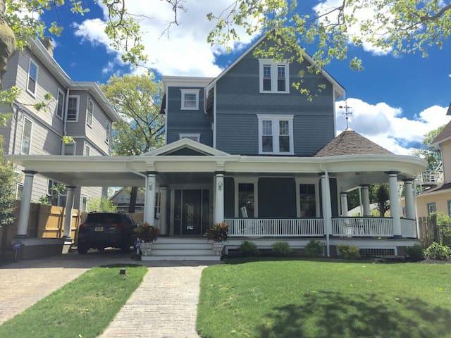 Large Family Victorian Beach House - Asbury Park - Casa