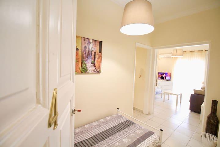 Pretty&accessible getaway apartment - Zografou - 公寓
