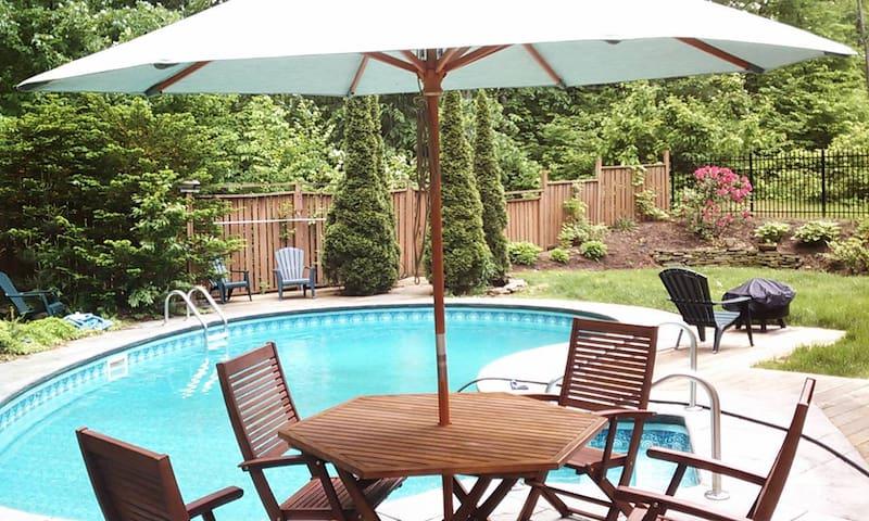 Dog Friendly House with Pool near Saratoga Lake - Saratoga Springs - Casa