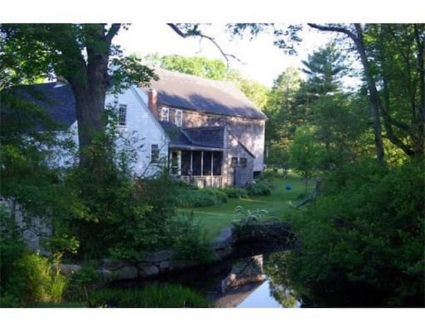 Antique Brook side Cape - Plympton - Huis