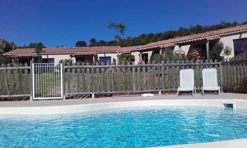 """la Blanquette"" : pool-sun-peace-beautiful view - Limoux"