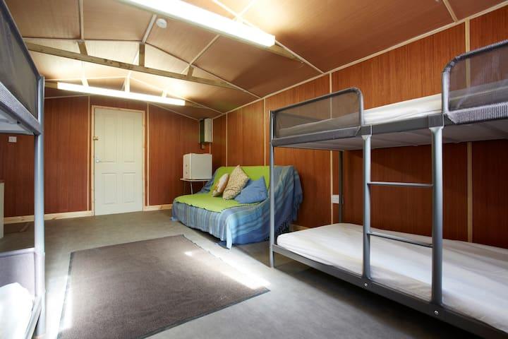 Bunkhouse for active Yorks holidays - Leeds - Cabaña