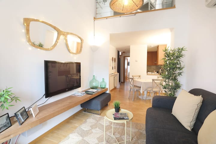 *****Magnific Penthouse In Old Town - Girona