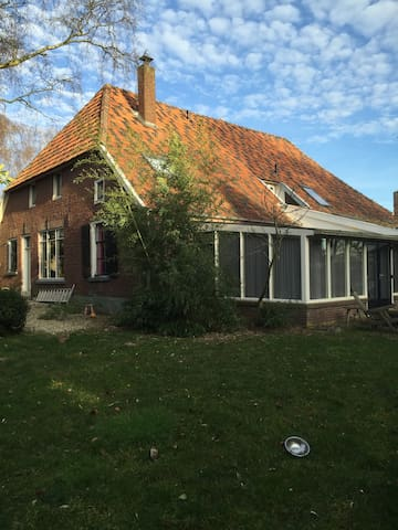 Nice farmhouse in Ulft - Ulft - Hus