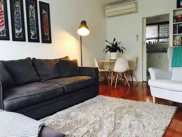Cosy bedroom available. - Brunswick West - Villa