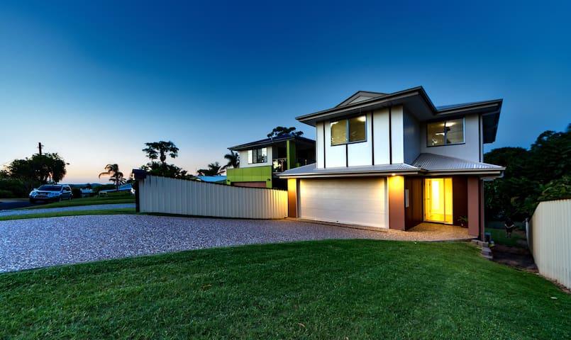 Brand New Home Away from Home - Bundamba