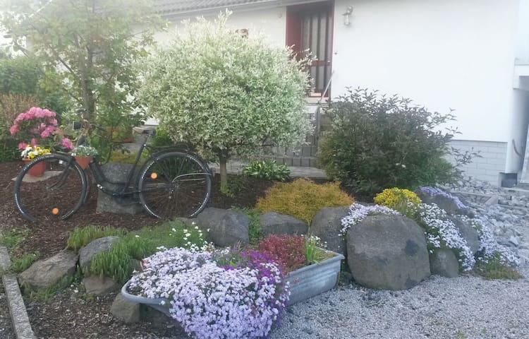 Im Herzen des Westerwald - Gemünden - Lägenhet