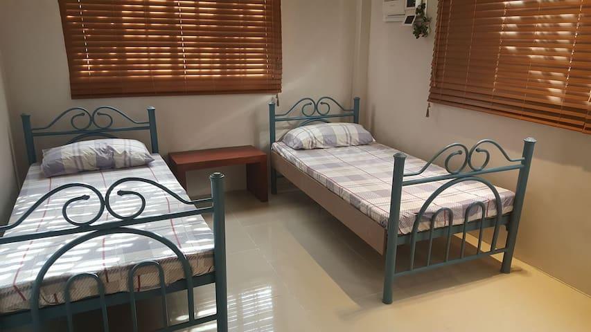 Blissful Bed & Breakfast (Room 4) - Tacloban City - Ev