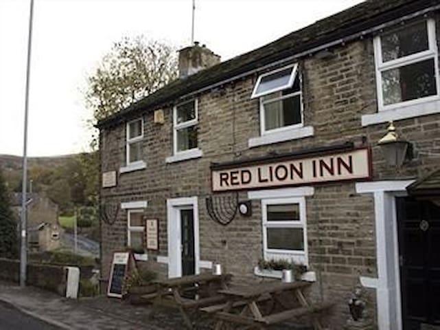Red Lion Inn, Jackson Bridge - Jackson Bridge - Bed & Breakfast