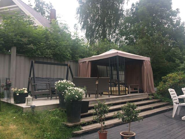 Stor enebolig på Røa - Oslo - Hus