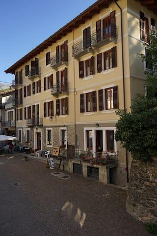 Vacanze a Casteldelfino - Casteldelfino - Appartement