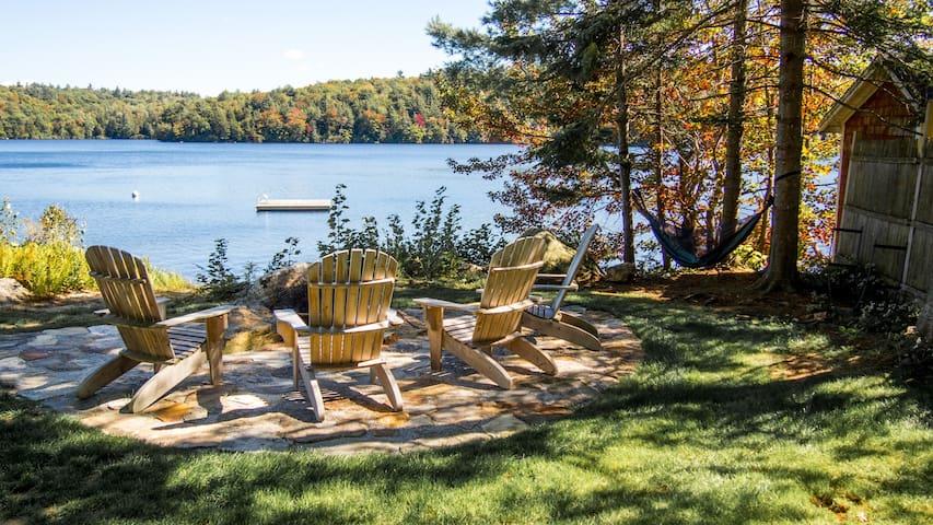 Millstone, a Tranquil Lake-side Year-Round Cottage - Washington - Alojamiento vacacional