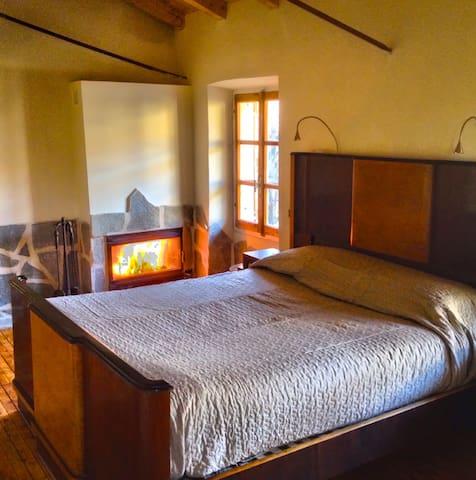 Barbisa 1852: romantico bed & Ebike - Valenza - 단독주택