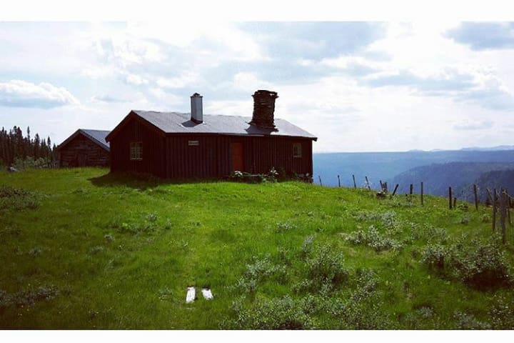 Charming and authentic cabin - Oppland - Cabaña