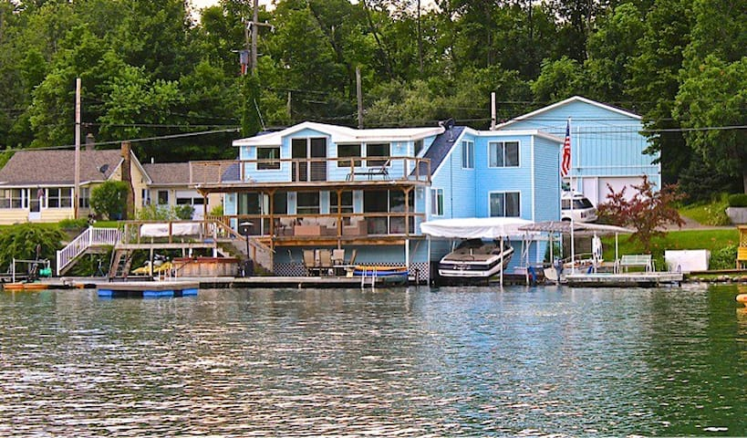 LAKEFRONT PRIVATE HOME ON GULL LAKE - Richland