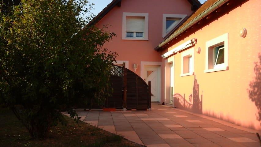 Friedlich und angenehm - Lixheim - Hus