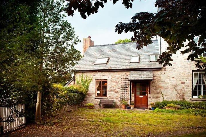 Cobbles Cottage,  Brecon Beacons National Park - Talgarth