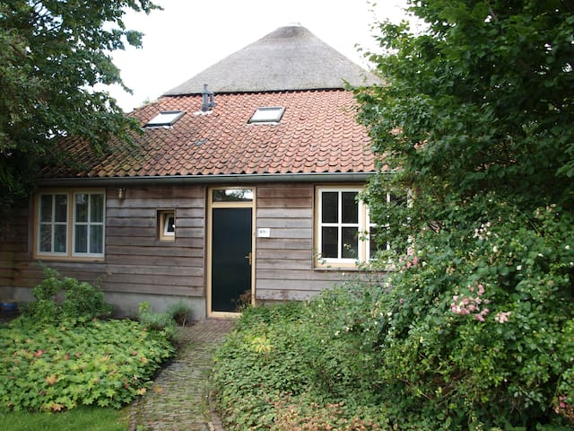 Very nice house with big garden - Woudrichem - Casa