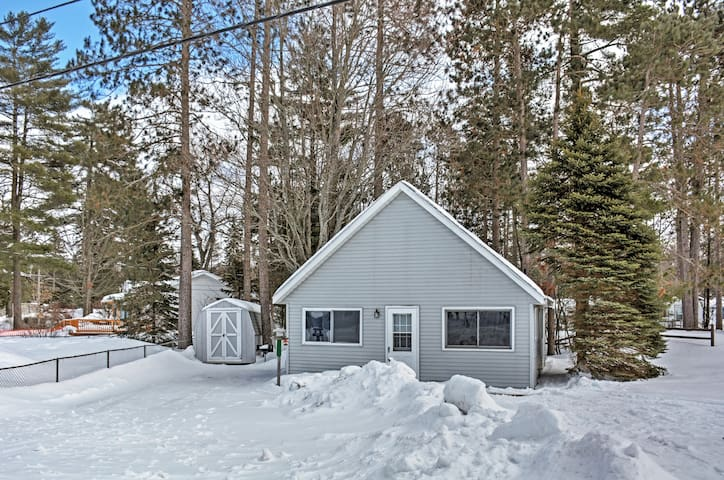 Cozy 2BR + Loft Gaylord Cottage - Gaylord - Hus