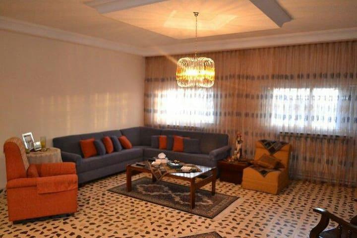 Three bedroom 250 sqm with terrace - Madaba