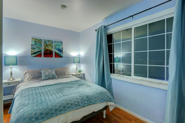 Bay Area  No. 5 Small View Room 美景屋 - Daly City - Ev