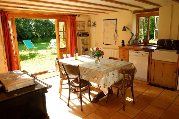 Little Barton Cottage, Hartland - Hartland