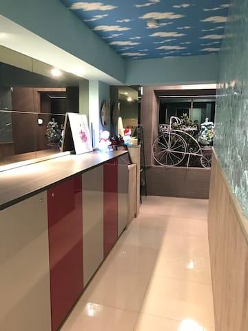 台中逢甲JB Light travel 全新完工,步行5分鐘可到達逢甲夜市 - Okręg Xitun - Apartament