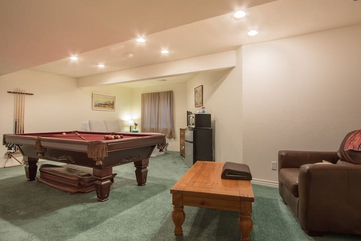 Spacious Private Finished Basement - Fort Collins