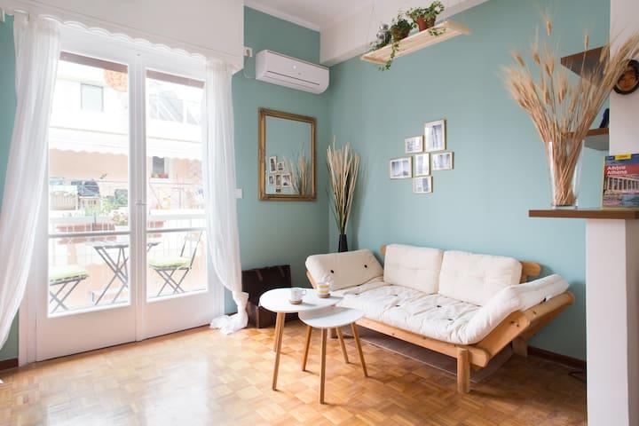 Sunny design apartment in charming neighborhood - Athina