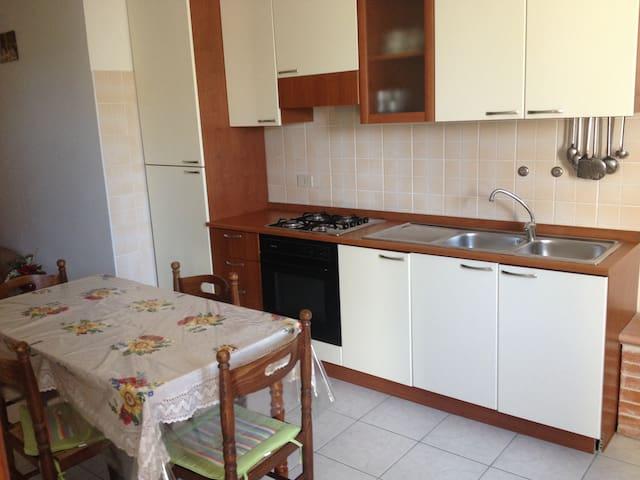 Appartamento in centro a Peschici - Ruvo di Puglia - Leilighet