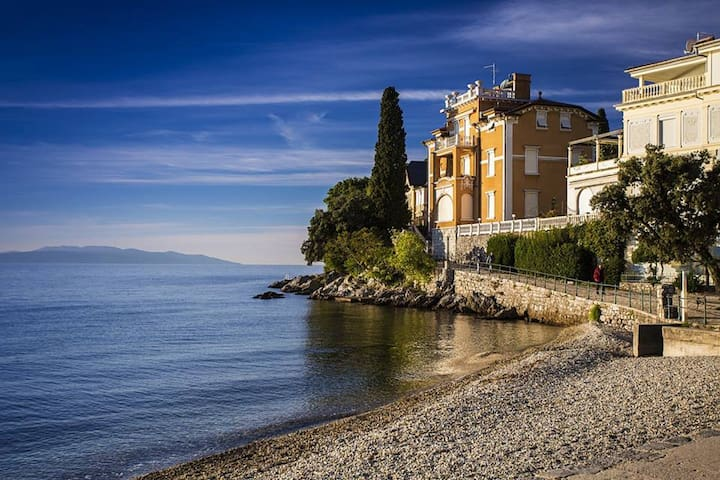 Family-friendly apartment with sea view - Opatija - Pis