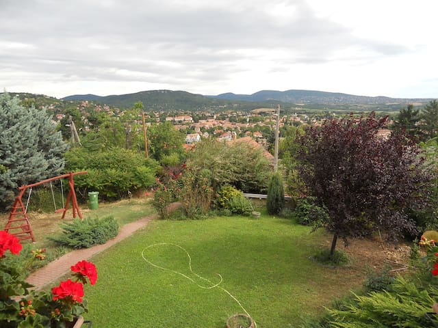 Room in a house with fantastic view - Pomáz