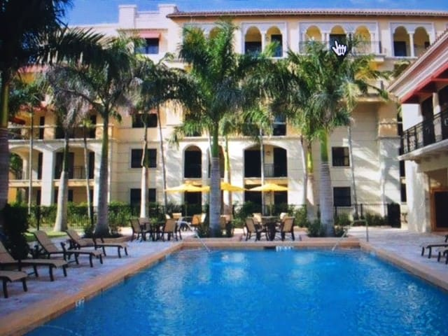 A spacious beautiful 1BR in a luxurious complex - Boca Raton - Apartment