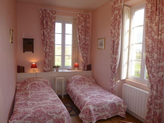 Chambre d'hôtes au Manoir de Princé-Neuf (19e) - Chéméré - Aamiaismajoitus