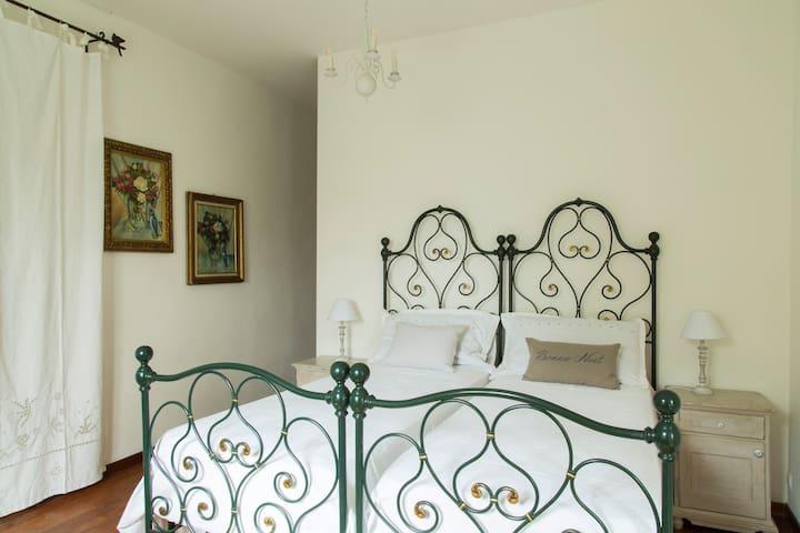 """Bed & Breakfast """"Le Vigne"""" - Ozzano dell'Emilia"""