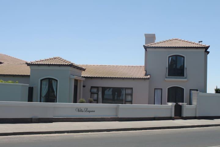 Villa Laguna  Bed & Breakfast - Walvis Bay - Bed & Breakfast