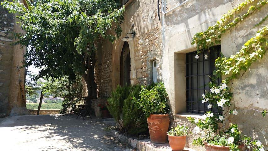 Preciosa casa rural del s.XVIII  - La Riera de Gaià - Ev
