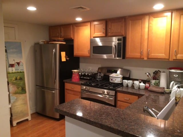 Cozy Studio 2 blocks from the Inner Harbor! - Baltimore